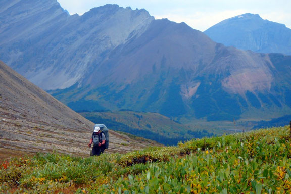 Climbing to Cairn Pass from the Medicine Tent Valley on Jasper's South Boundary Trail. Jim Shipley photo.