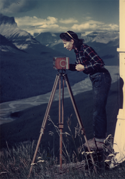Aileen Harmon photographing a panorama for the Sunset Fire Lookout fire finder, ca. 1945.