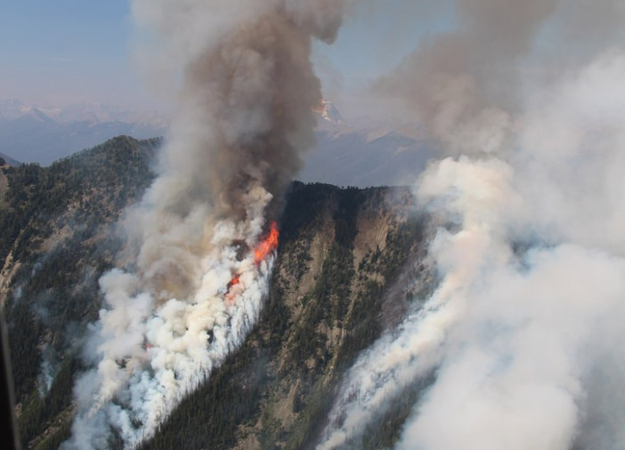 Wildfires close trails in Kootenay, Banff