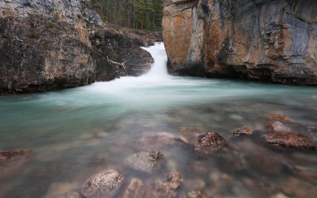 10 favourite waterfall hikes